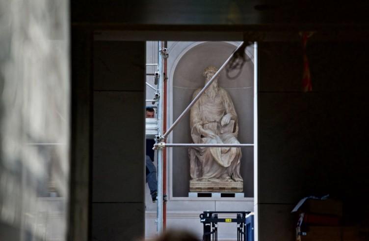 Donatello, San Giovanni Evangelista, allestimento del nuovo Museo dell'Opera del Duomo Firenze, Foto Opera del Duomo / Claudio Giovannini
