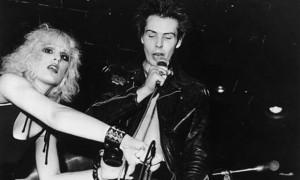 Sid Vicious  con Nancy Spungen.  Foto Keystone/Hulton Archive/Getty Images